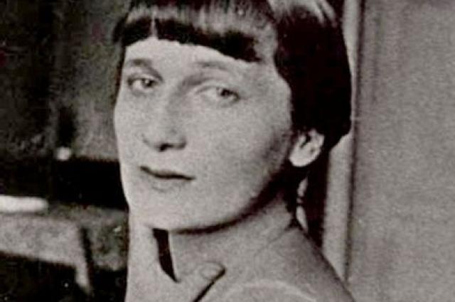 Анна Ахматова занималась переводами.