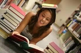 Чтение хороших книг делает людей добрее и менее подверженными стрессам