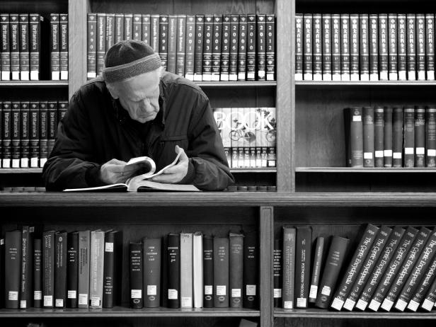 Чтение — это беседа с людьми гораздо более мудрыми и интересными, чем те, с которыми нас сводит случай